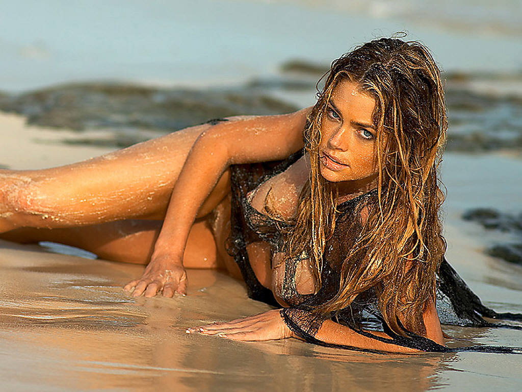 Clip desnudo de Denise richards