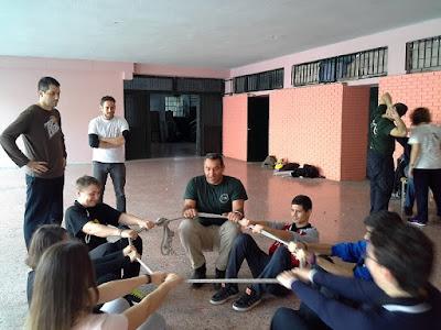 ΝΕΑ ΑΚΡΟΠΟΛΗ στην Αθήνα: εθελοντές για τα σχολεία...!