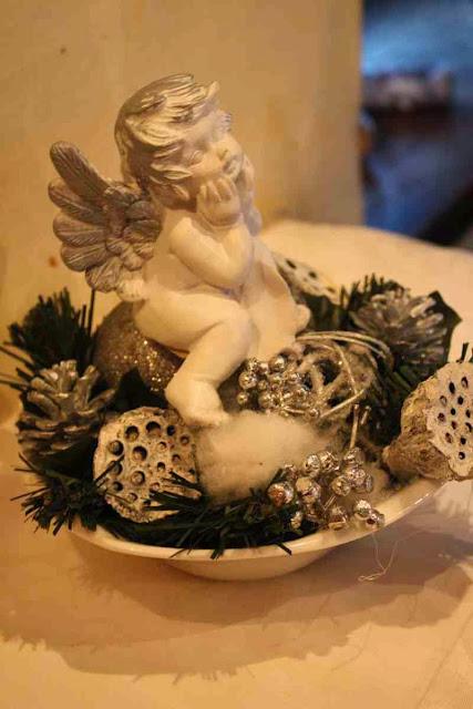 Weihnachtliche Tischdeko im Restaurant Eulenspiegel in Salzburg © Copyright Monika Fuchs, TravelWorldOnline