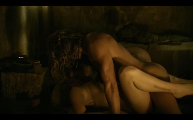 eroticheskie-stseni-v-seriale-spartak