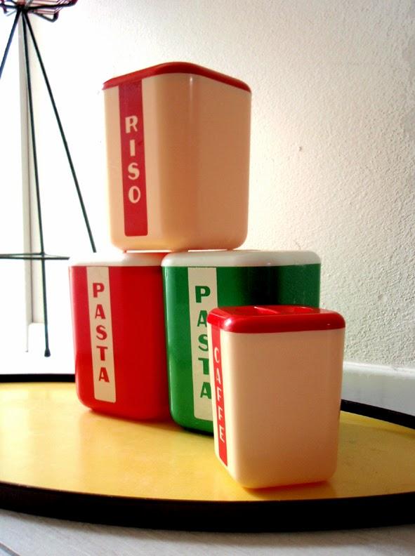 Trovarobando voglia di colore contenitori da cucina - Contenitori da cucina ...