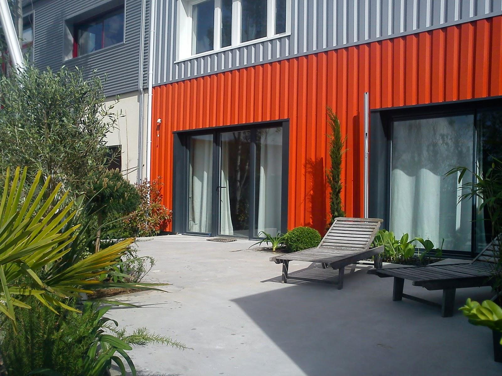 Townhouse landscape design eight professional tips for for Townhouse landscape design