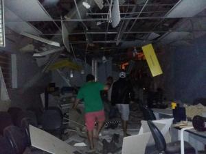 Bando fortemente armado assalta agência bancária em Mata Grande