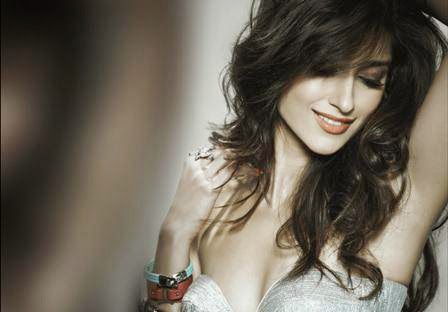 ileana d'cruz hot cleavage hd pics