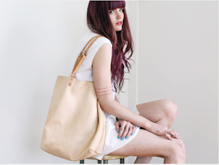 Scout & Catalogue Yelapa leather tote nude, black