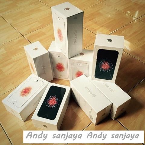 Stock Iphone SE