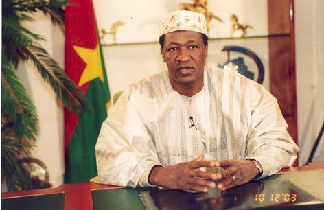 Blaise Campoaré, presidente de Burkina faso desde octubre 15, 1987