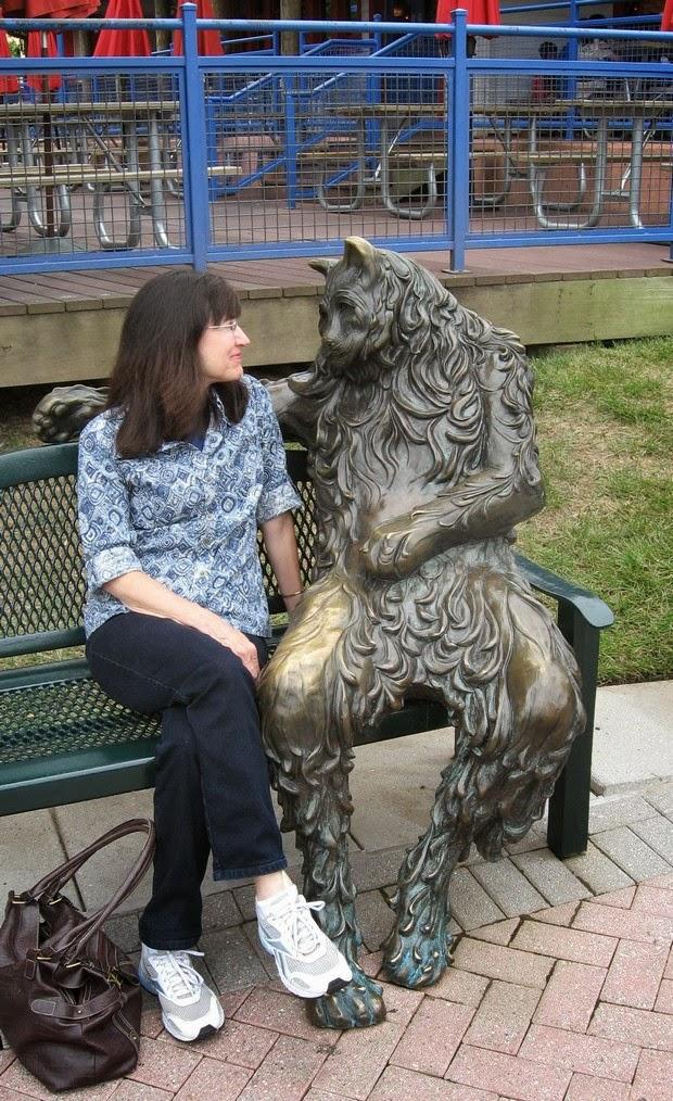 funny Statue photos