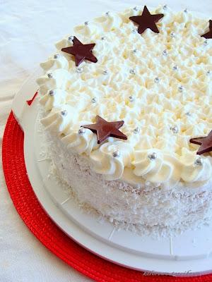 Tort zimowy z musem czekoladowym