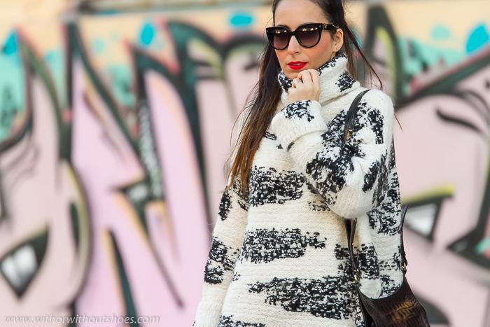 BLogger de moda española de Valencia con zapatos nuevos de Revolve Clothing Rebajas