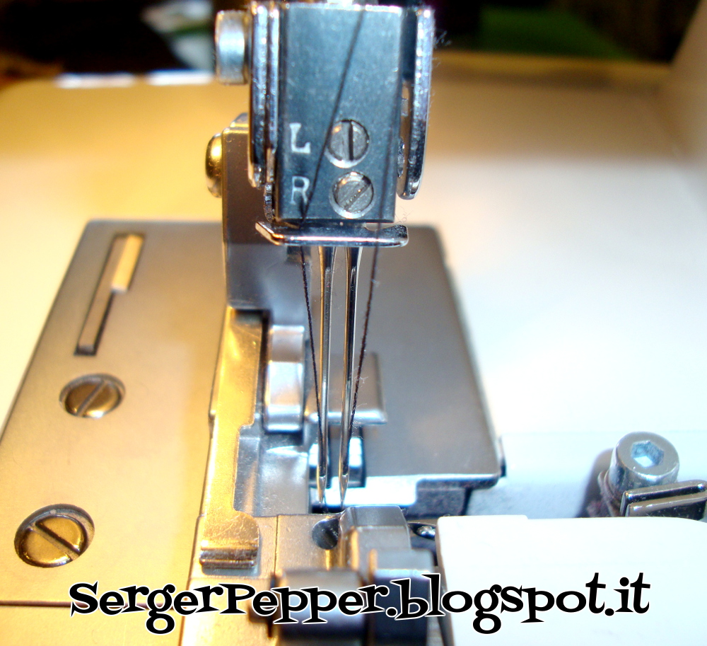 Threading a Serger (Made simple) - Tutorial infilatura in 3 ...