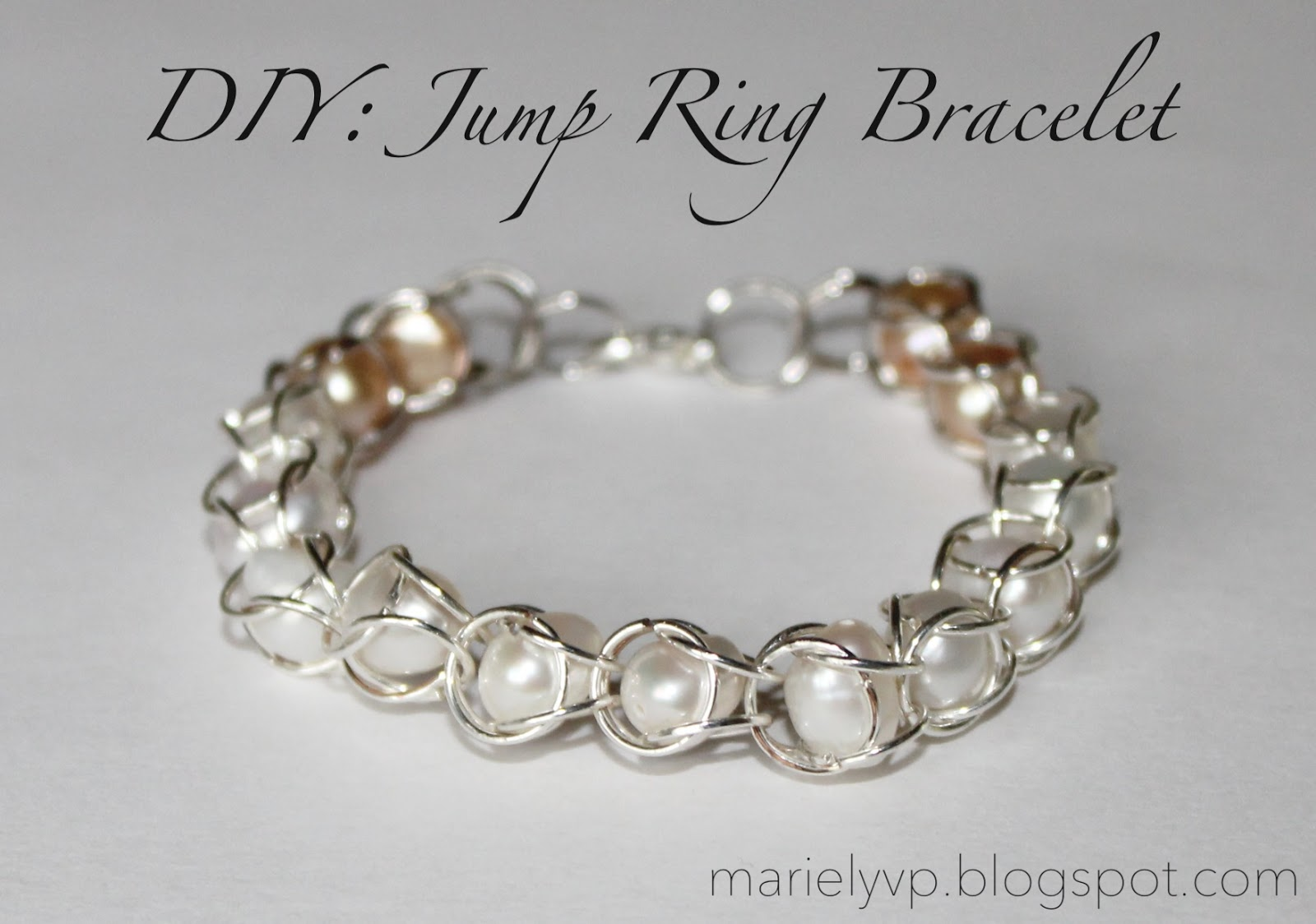 We Read!: DIY: Jump Ring Bracelet