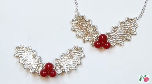 Wire Wrapped Holly Jewelry Tutorial - The Beading Gem\'s Journal