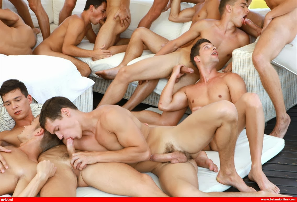 Dude Facial In Bi Orgy