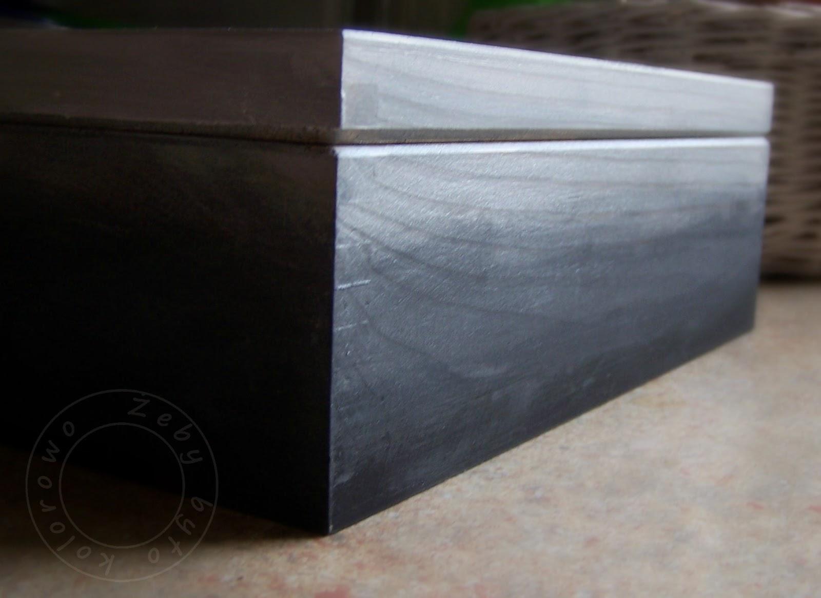 ombre czarny i srebrny