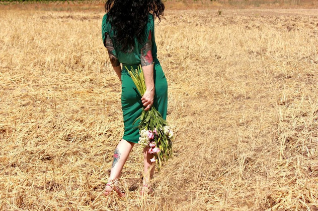 catherine masi - green dress , flowers, field, vintage - photo by Myriah Bujak