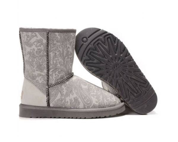 Ugg classic paisley 5831 grey s details