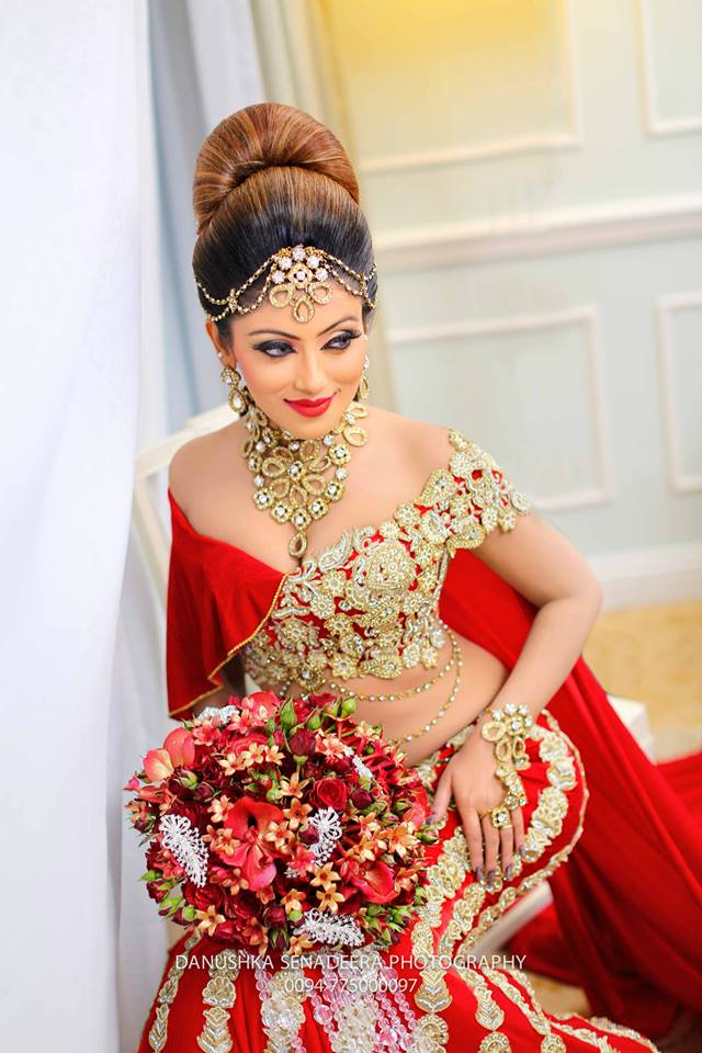 Our lanka nathasha perera homecoming photos for Wedding party dresses in sri lanka