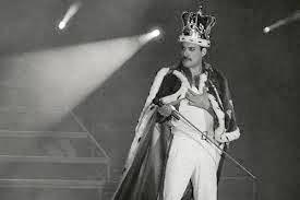 It Uomo: Freddie Mercury