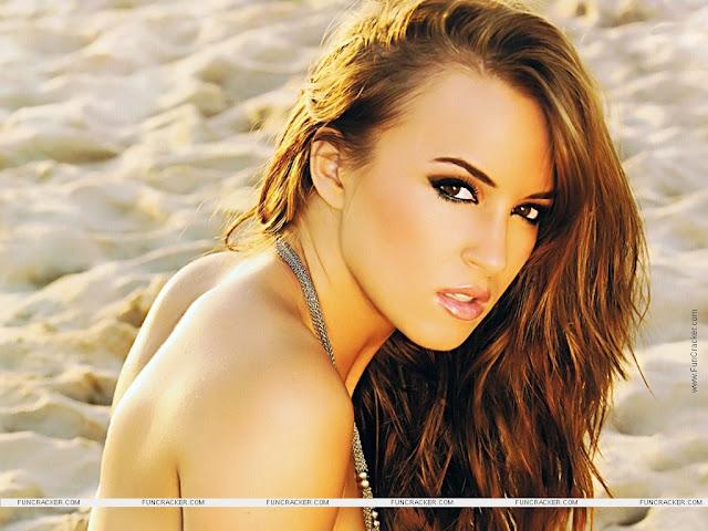 Model Rosie Jones