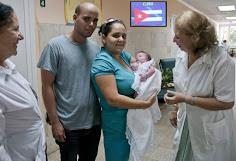 Cuba é primeira nação do mundo a eliminar transmissão de HIV de mãe para filho, diz OMS