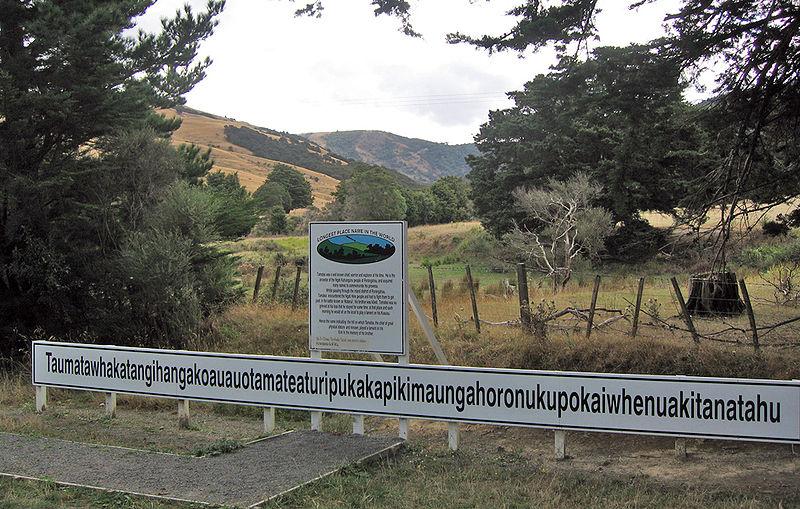 Taumatawhakatangihangakoauauotamateaturipukakapikimaungahoronukupokaiwhenuakitanatahu - nama tempat terpanjang di dunia