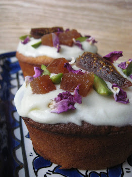 orange cakes w figs, quince & rose