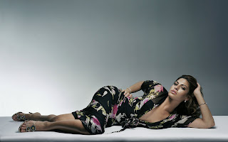 Latest Eva Mendes Popular desktop HD wallpapers 2012