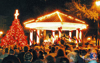 Marathon! 72-mile Garage Sale! Nights of Lights! WOW! 3  Nights+of+Lights+Opening+Night+Nov+2005 St. Francis Inn St. Augustine Bed and Breakfast