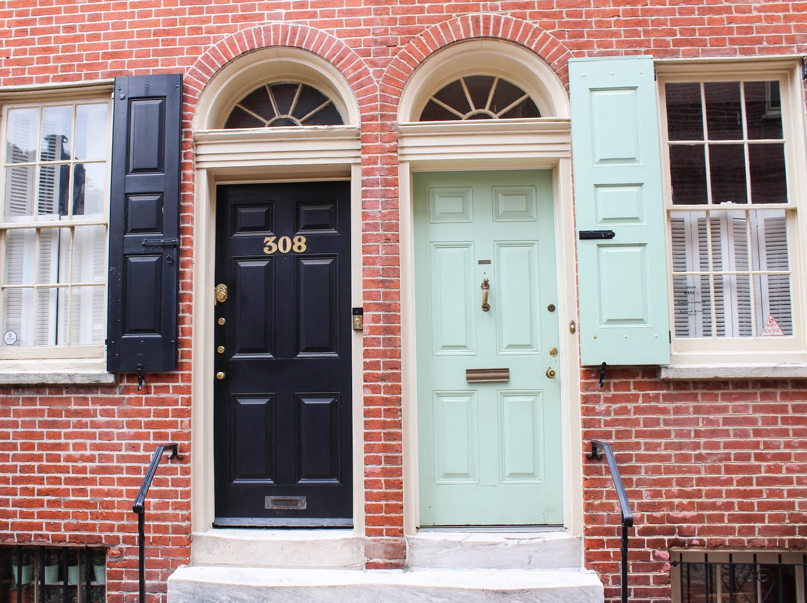 ... doors and exteriors from last weekend wandering around Philly. Whether you\u0027re giving your home a spring makeover or just imaging your someday house ... & DOORS OF PHILLY | My Darling Passport