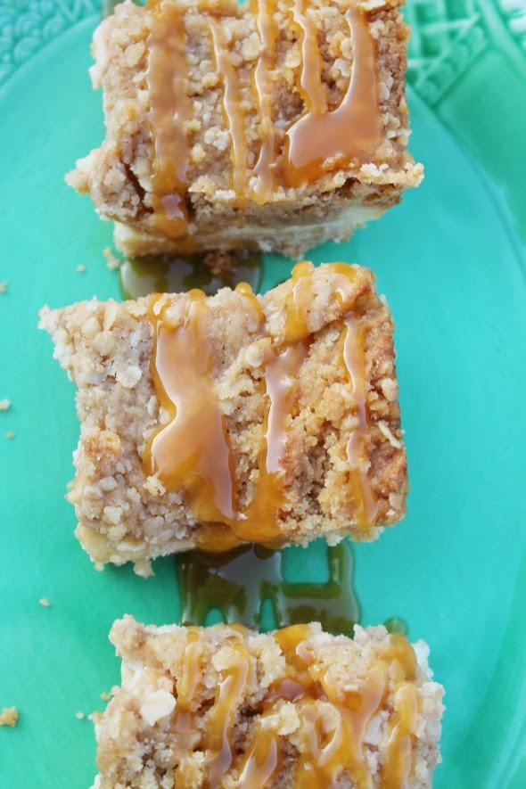 Cinnamon Apple Cheesecake Bars   whatchamakinnow.com