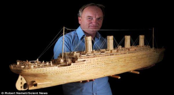 bintancenter.blogspot.com - 120.000 Korek Api Disulap Jadi Kapal Titanic