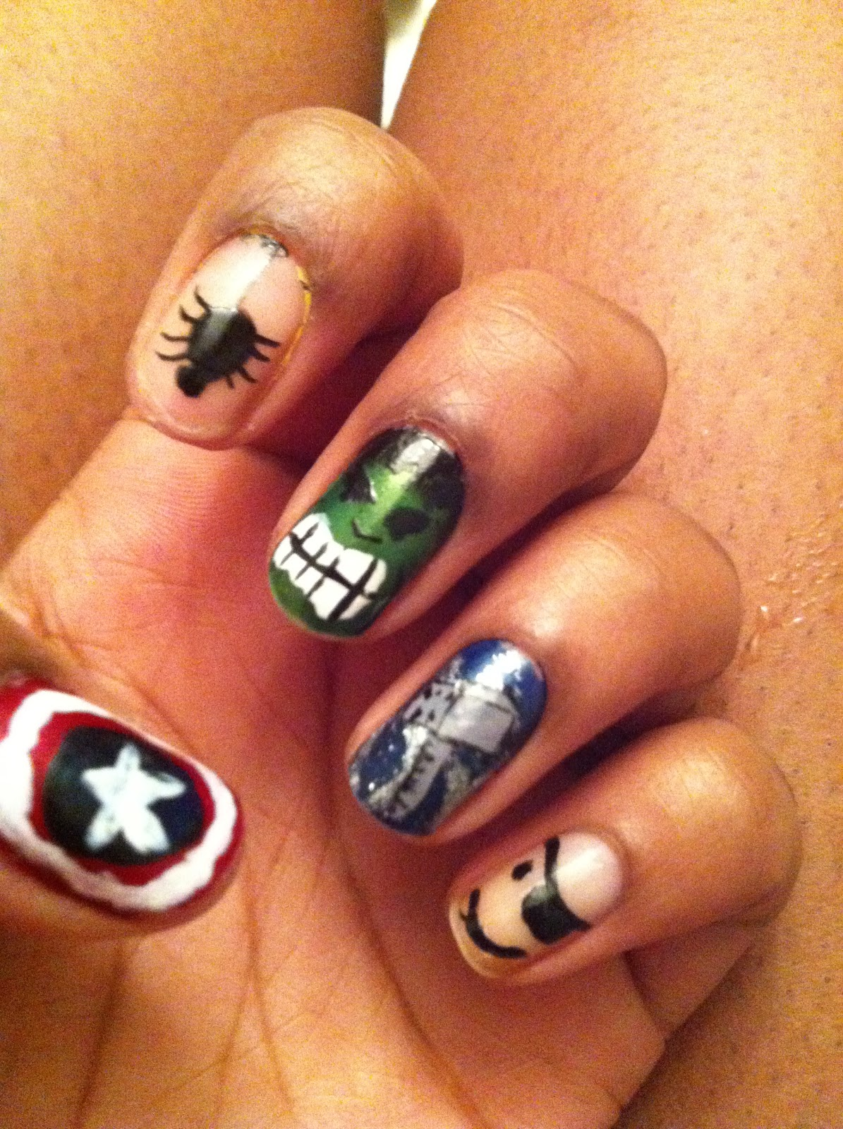 ladeeda: May the fourth be with you (NAILS)