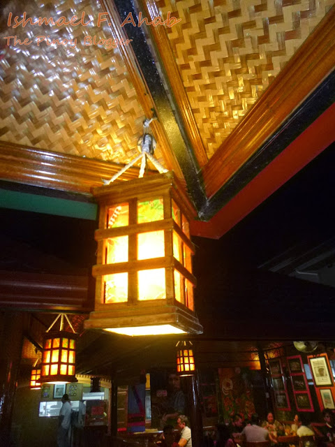 Native lamp in Haim Chicken Inato