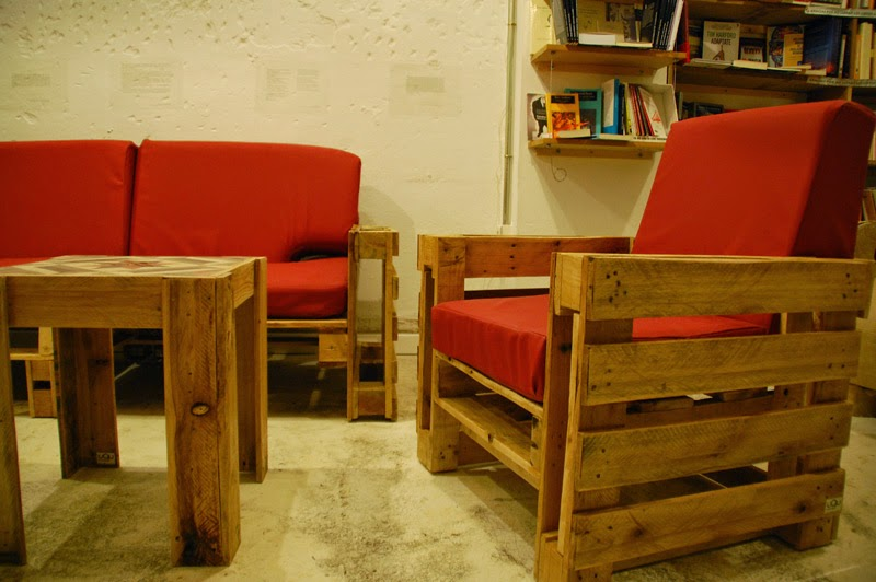 Sillones for Sillones con palets de madera