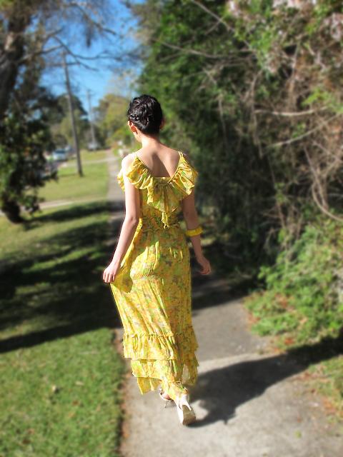{Yellow Flutter} Maxi dress