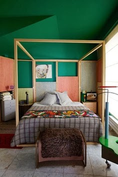 color block bedroom. Green and peach is totally unexpected combination.