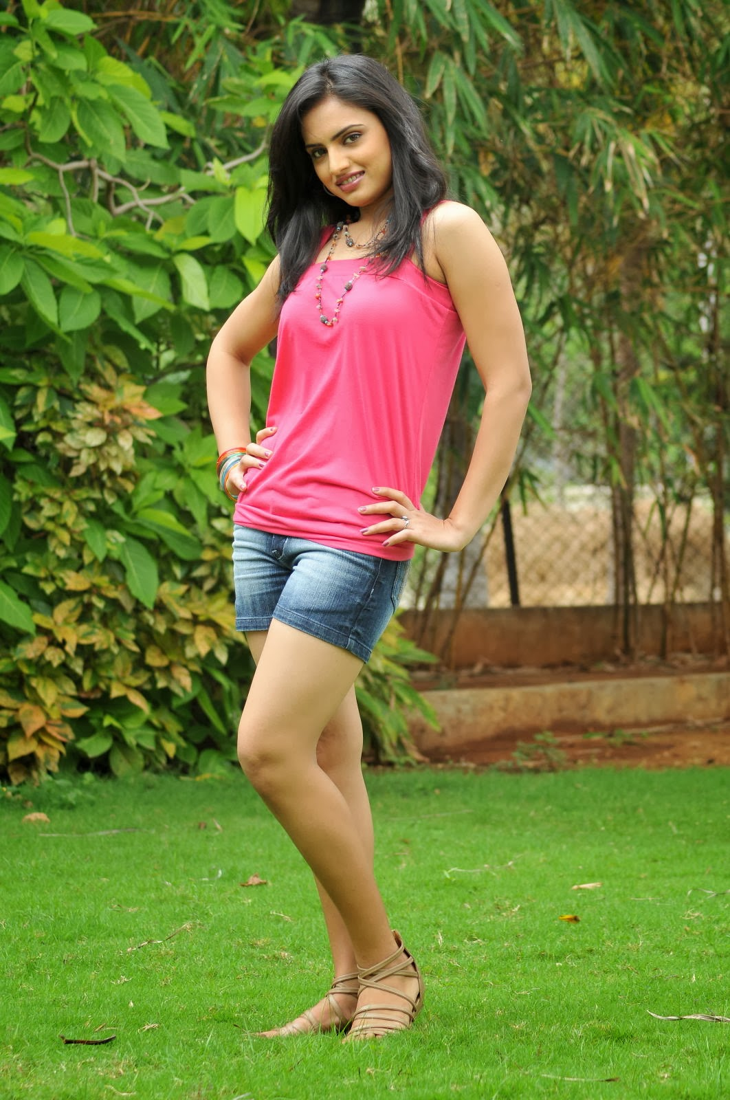 CelebsNext ~ Bollywood and South Indian Cinema Actress Exclusive Picture Galleries Ritu Kaur ...