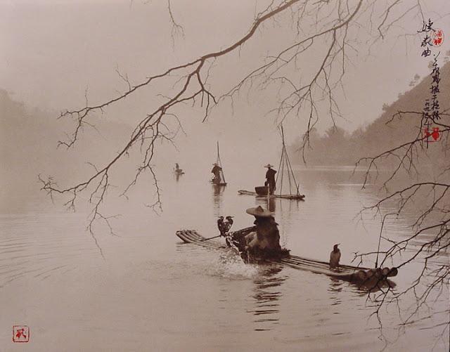 Fotografía de Don Hong Oai: barcas en río de Vietnam