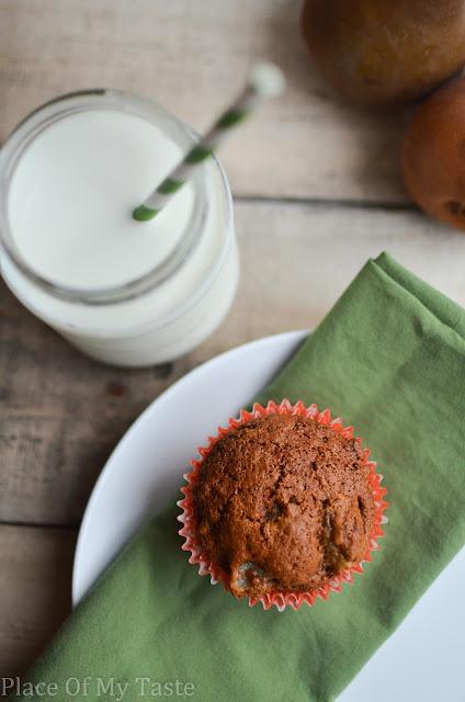 Pear and Granola Muffin