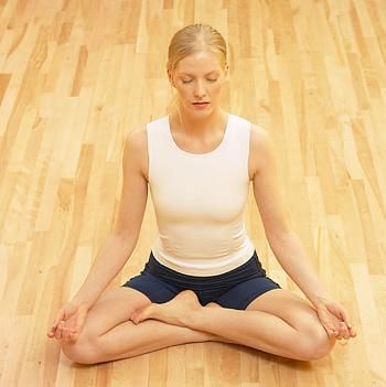 Posicion de loto meditacion como dominar la posicion de - Hacer meditacion en casa ...