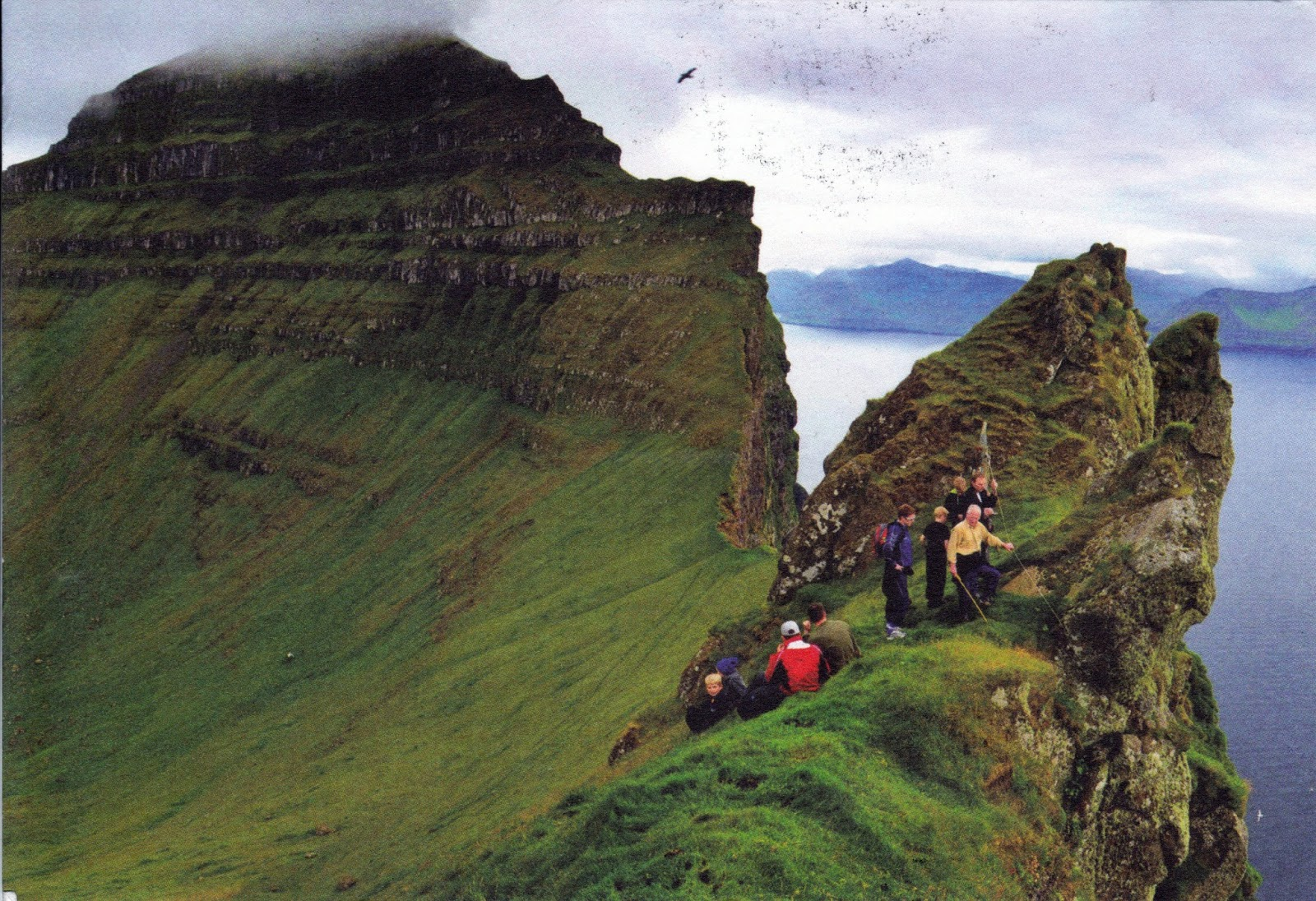 how to get to faroe islands
