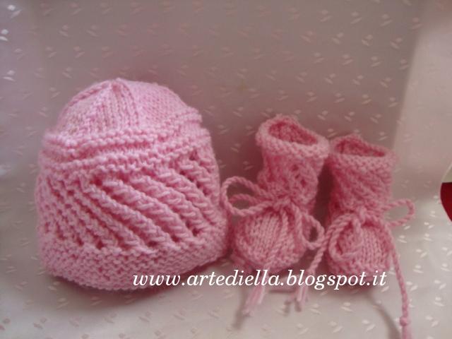 Super Le Fragole di Stoffa: Cappellino e scarpette per neonato con  AO81