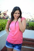 Prabhajeet Kaur Glamorous Photo shoot-thumbnail-54