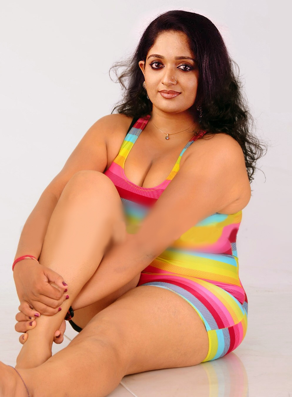Telugu Actress Anchors Unseen Rare Navels