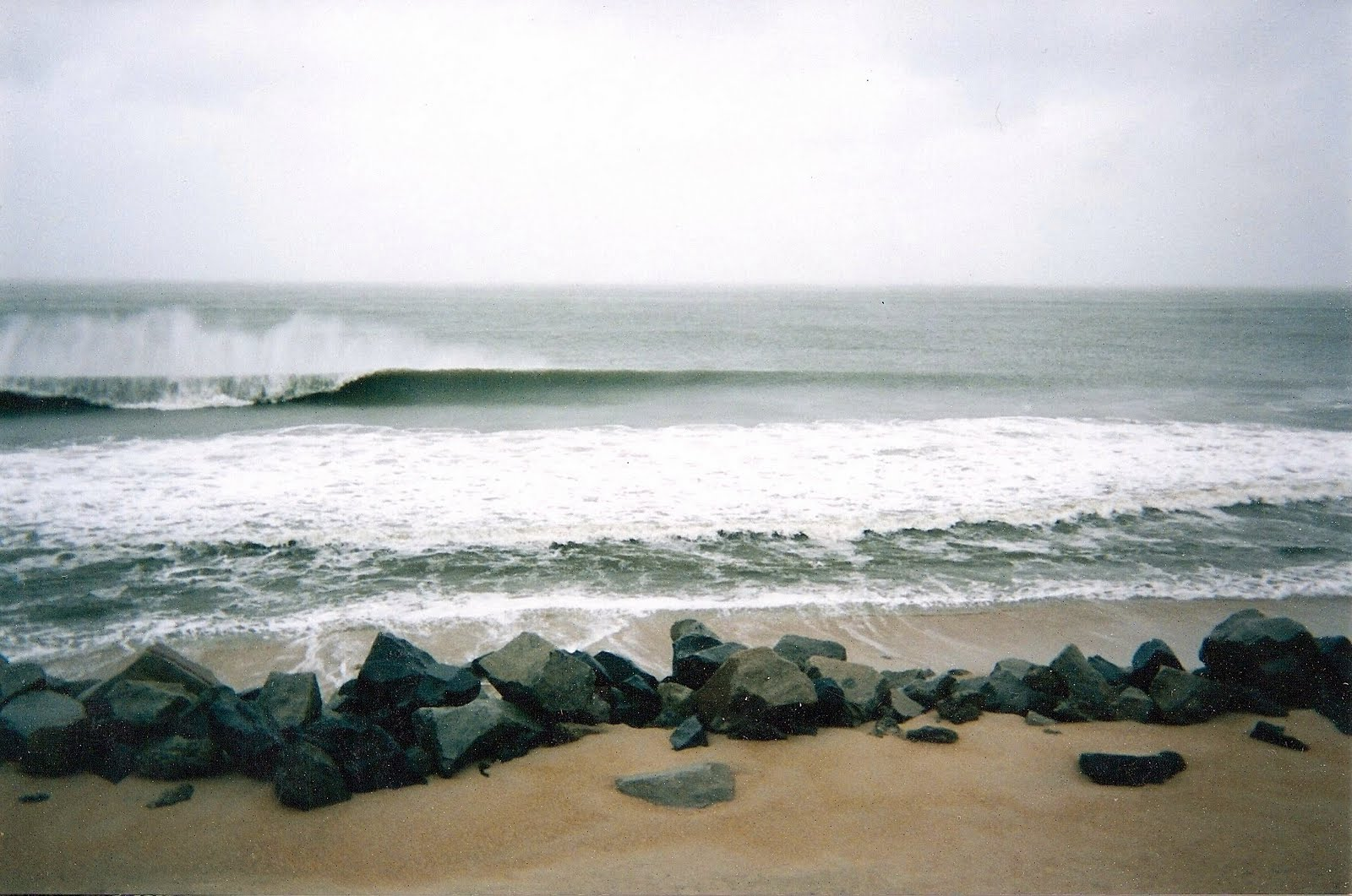 Fit To Surf: 1998 The Kure Beach House, Calif., South Africa, & Bonnie