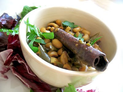 easy curried black-eyed peas with cinnamon
