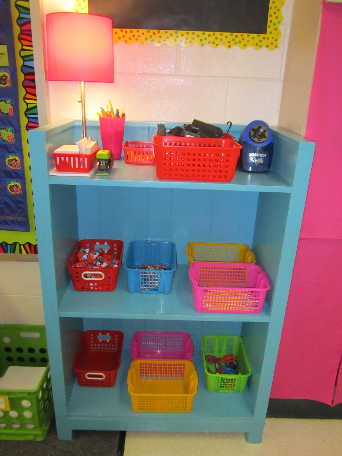 Classroom Bookcase Ideas ~ What happens in first grade classroom photo tour