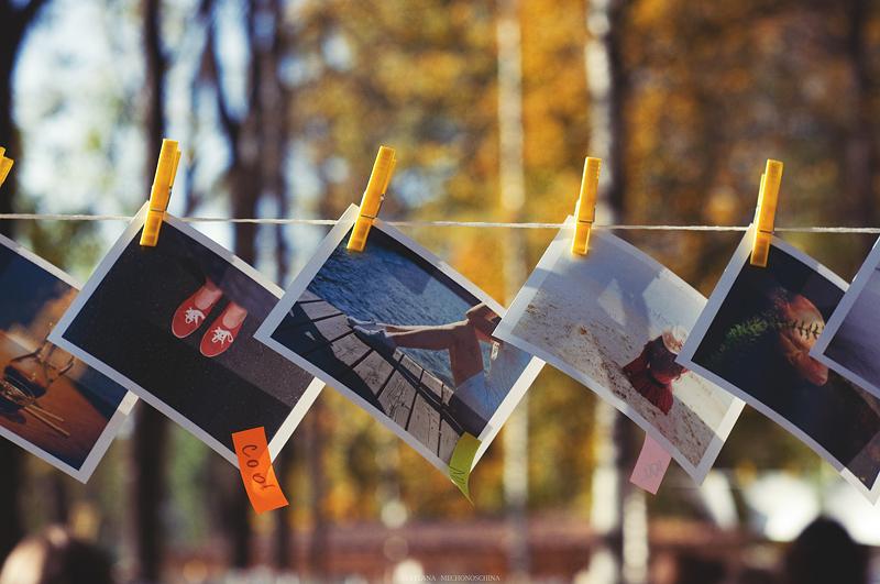 Фотографии на веревке
