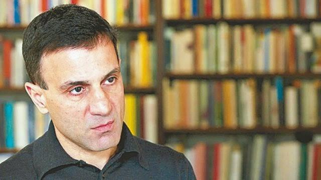 Ο Συριζαίος Βουλευτής Λαπαβίτσας λέει πως με την συμφωνία του Eurogroup δεν μπορεί να υλοποιηθεί το πρόγραμμα της Θεσσαλονίκης που θα ανακούφιζε τον κόσμο! Απατεώνες; Τυχοδιώκτες; Και τα δυο...;